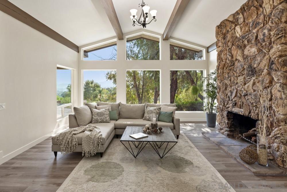1128 Via La Cuesta                                                                               Escondido                                                                      , CA - $1,299,000