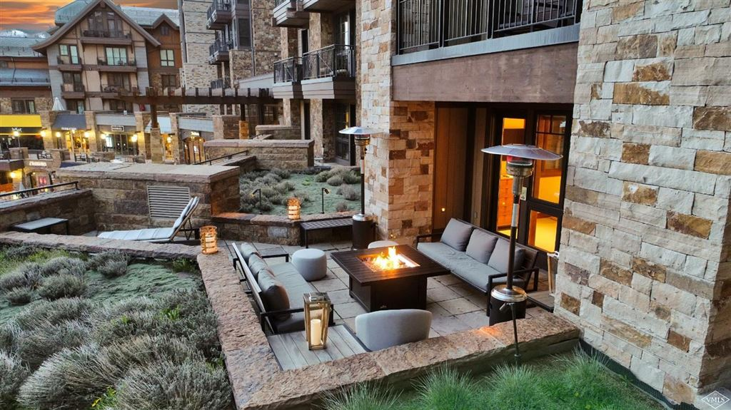 Vail                                                                      , CO - $7,595,000