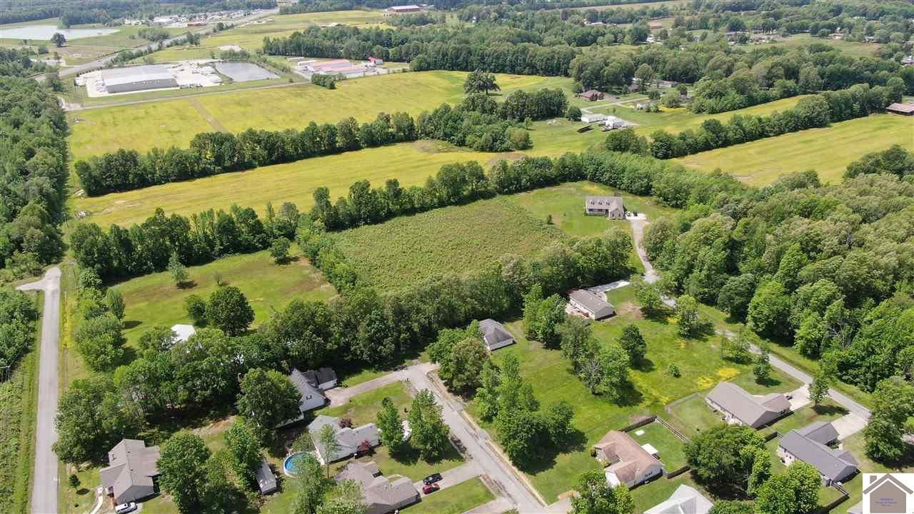 Property Image Of 2625 Allison Dr. In Paducah, Ky