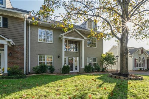 MLS# 2303011 - 2003 Roderick Cir in Forrest Crossing Sec 3-A Subdivision in Franklin Tennessee - Real Estate Home For Sale