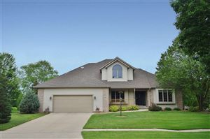951 CARRIAGE Lane, Fond Du Lac, WI 54935